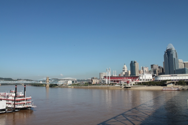 Ohio river crossing, Cincinnati, Ohio